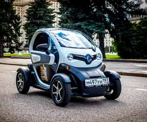 2013 Nissan Leaf: Drivs Through Tennessee Countryside